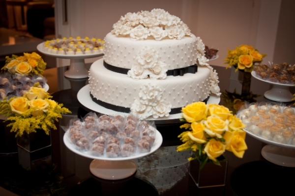 decoracao amarelo branco e preto:Decoração: amarelo, preto e branco – Natacha Lucena – Natacha Lucena