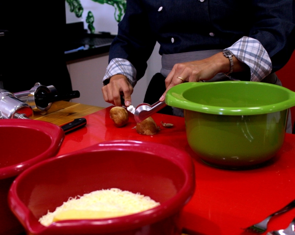 66 Cook & Coffee: Gnocchi {Chef Dani Vereza}