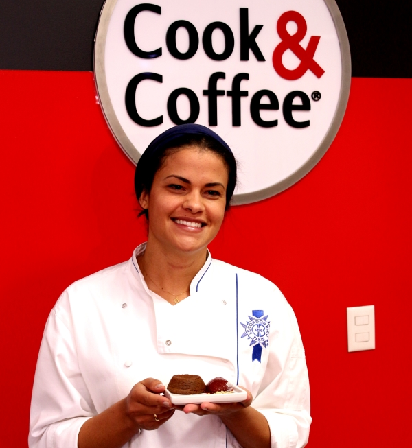 27 Cook & Coffee: Petit Gateau {Chef Isabela Oliveira}