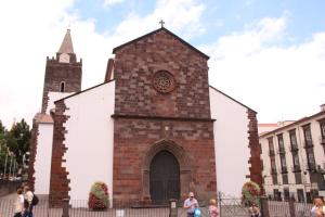 igreja da se de funchal copy 300x200 IGREJA DA SÉ DE FUNCHAL (Copy)