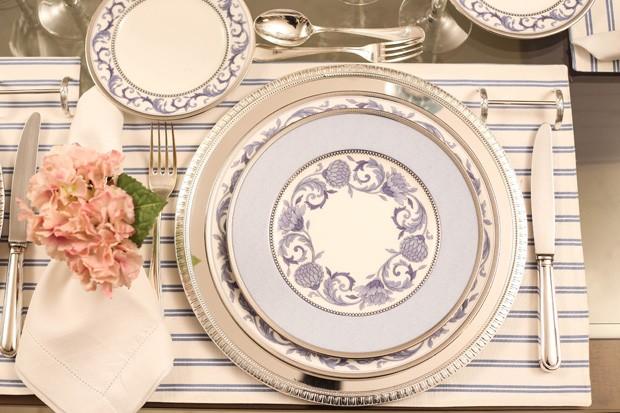 mesa posta 0 Mesa posta {rosa, azul e branco}