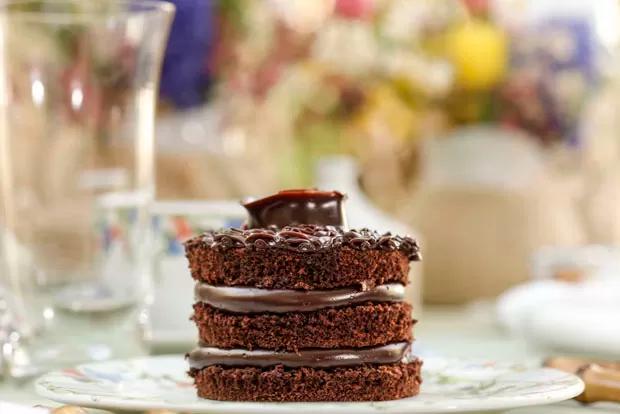mini cake 2 Mini Cakes