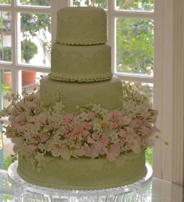 bolo verde Bolo (verde) com flores