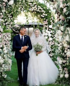 chiara ferragni wedding 8 243x300 CHIARA FERRAGNI WEDDING 8